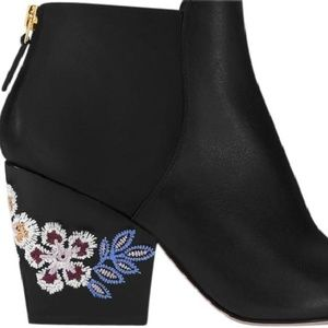 NIB TORY BURCH BLACK EMBROIDERED BOOTIE 10